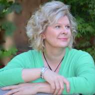 Catherine Bundt